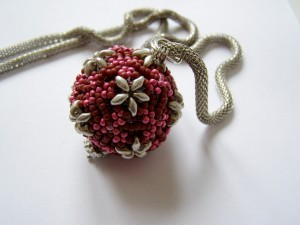 beaded bead pentagon
