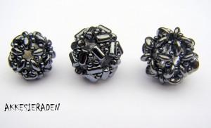 2 hole beads
