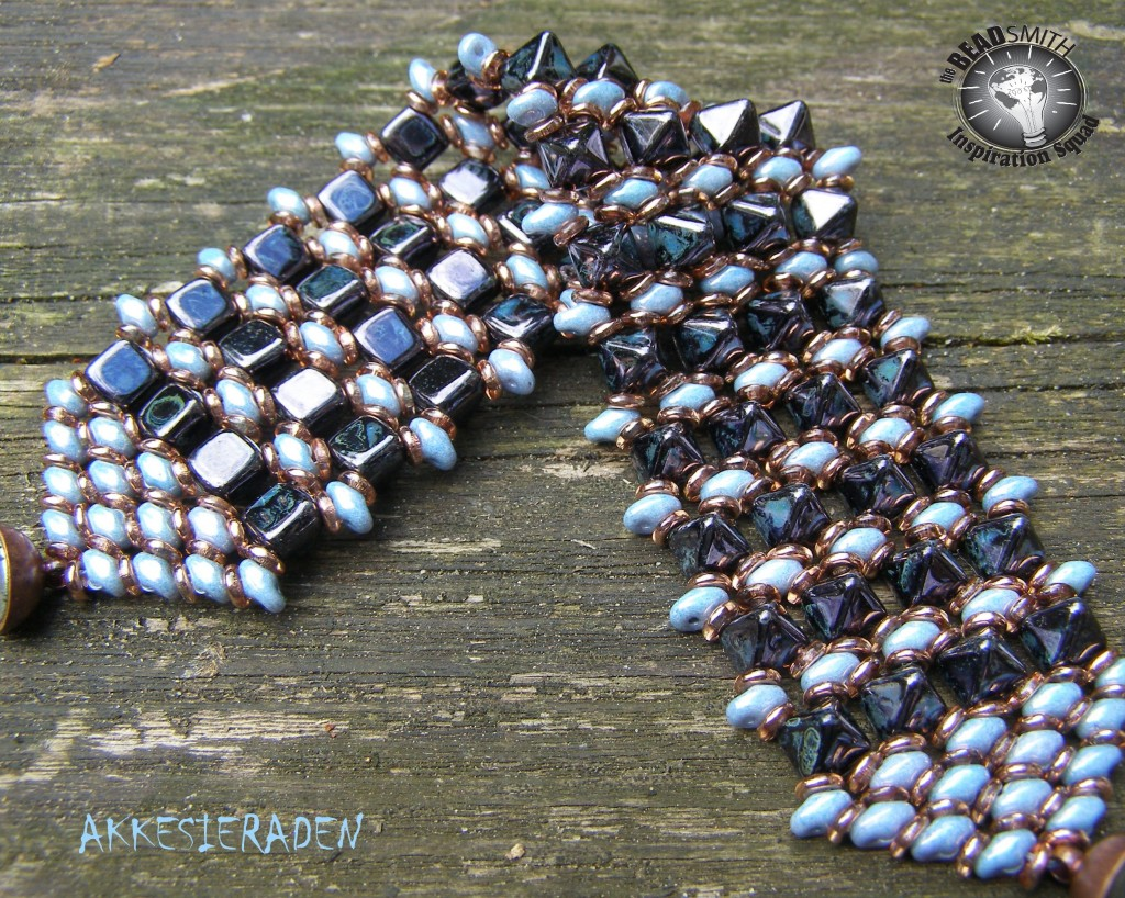 O-Pyramid bracelet