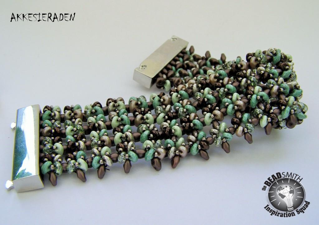 Neat rows Bracelet by Akke Jonkhof