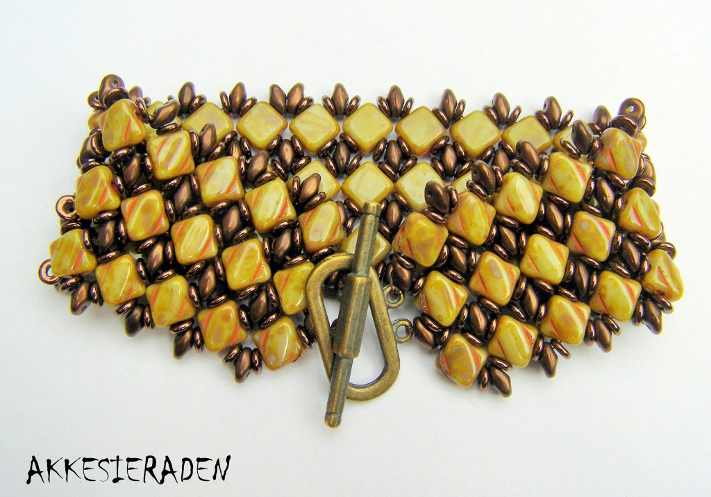 Simply Silky Bracelet by Akke Jonkhof