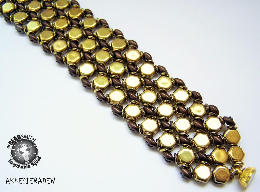 Bzzzzzzz Bracelet by Akke Jonkhof